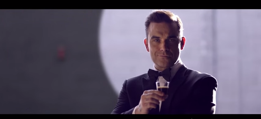 Cafe-Royal-Robbie-Williams-01